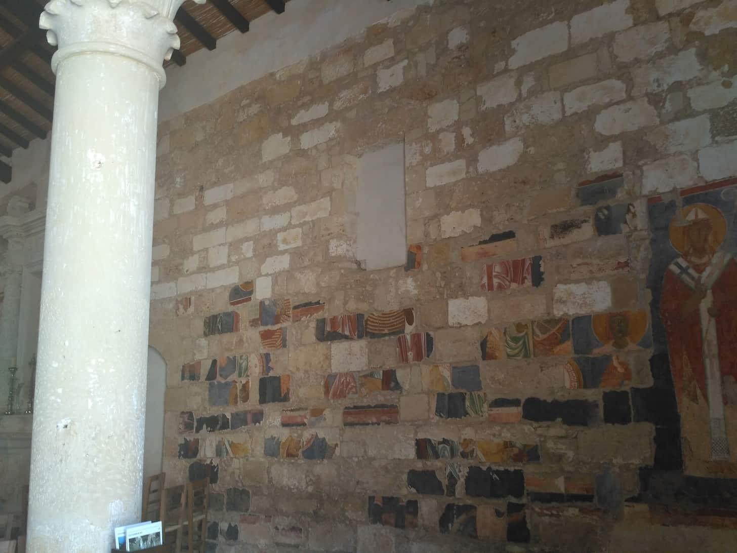 particolare degli affreschi di Santa Maria di Cerrate